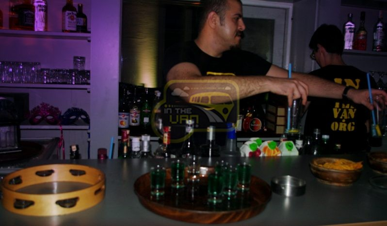 Barmen full